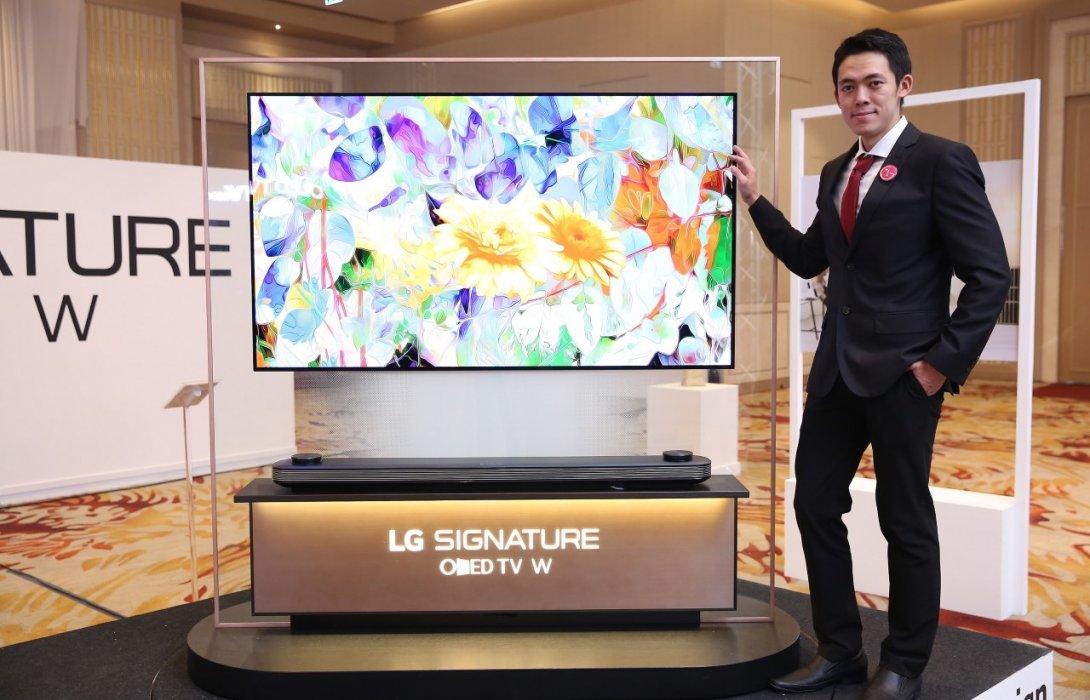 """""""แอลจี"""" เปิดตัว LG SIGNATURE OLED TV ซีรี่ย์ W7T  เขย่าตลาดทีวีไฮเอนด์ส่งท้ายปี"""