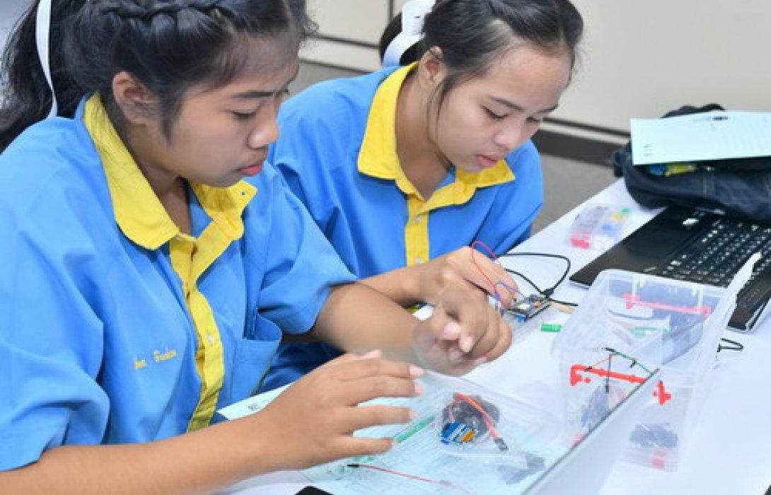 เจาะค่ายอินเทอร์ เน็ตออฟติงส์ จาก EEC INNOVATION YOUTH CAMPเรียนรู้ศาสตร์ไอที