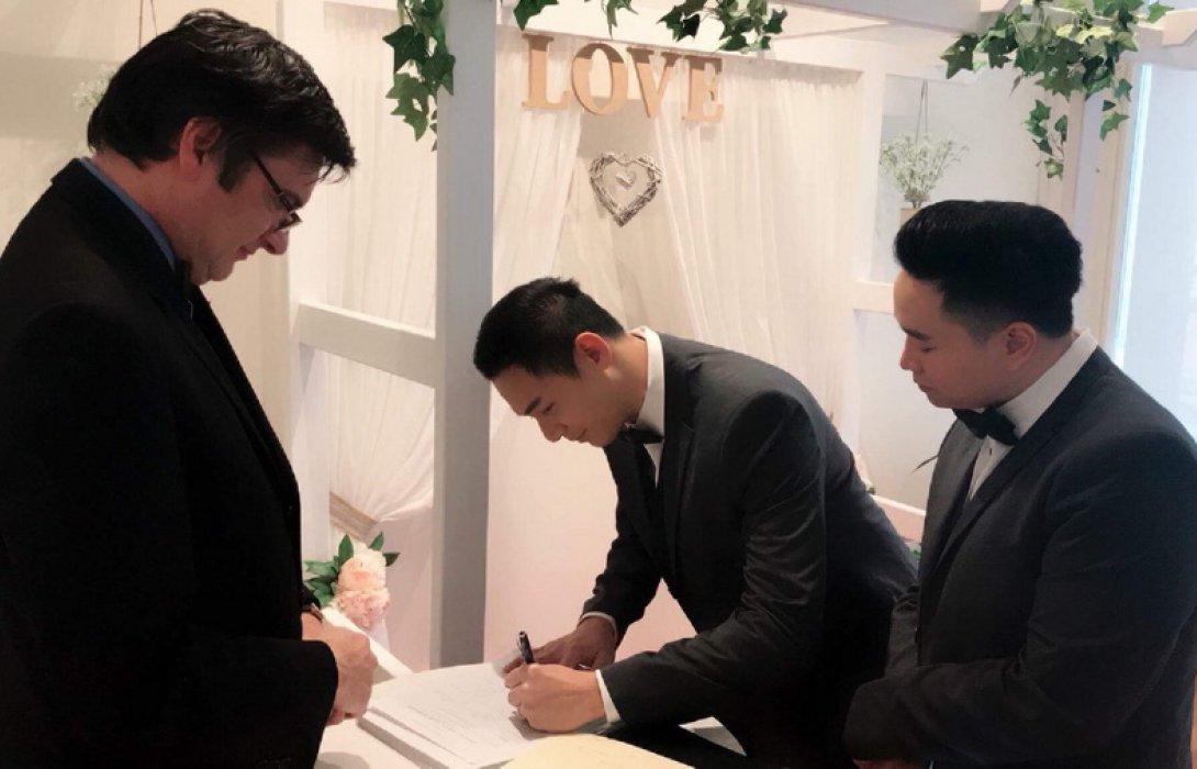 รักนี้ไม่มีแอ๊บ !!  2 หนุ่มไทย บินลัดฟ้าวิวาห์ออสซี่  หนุน พ.ร.บ. คู่ชีวิต สานฝันคู่รักเกย์ไทย ให้เป็นจริง