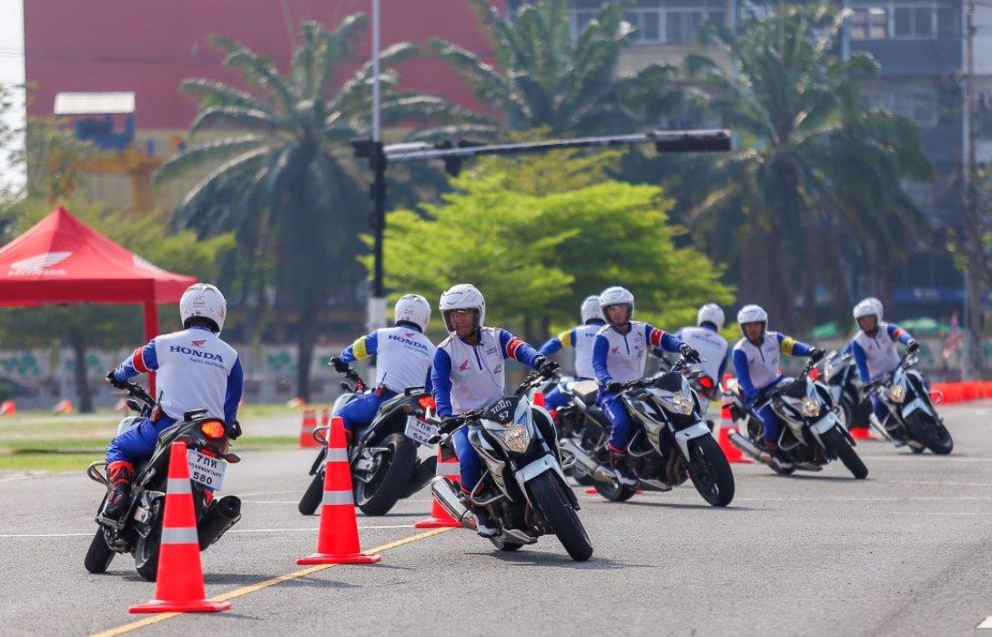 ตำรวจไทยคึกคัก ร่วมชิงชัย