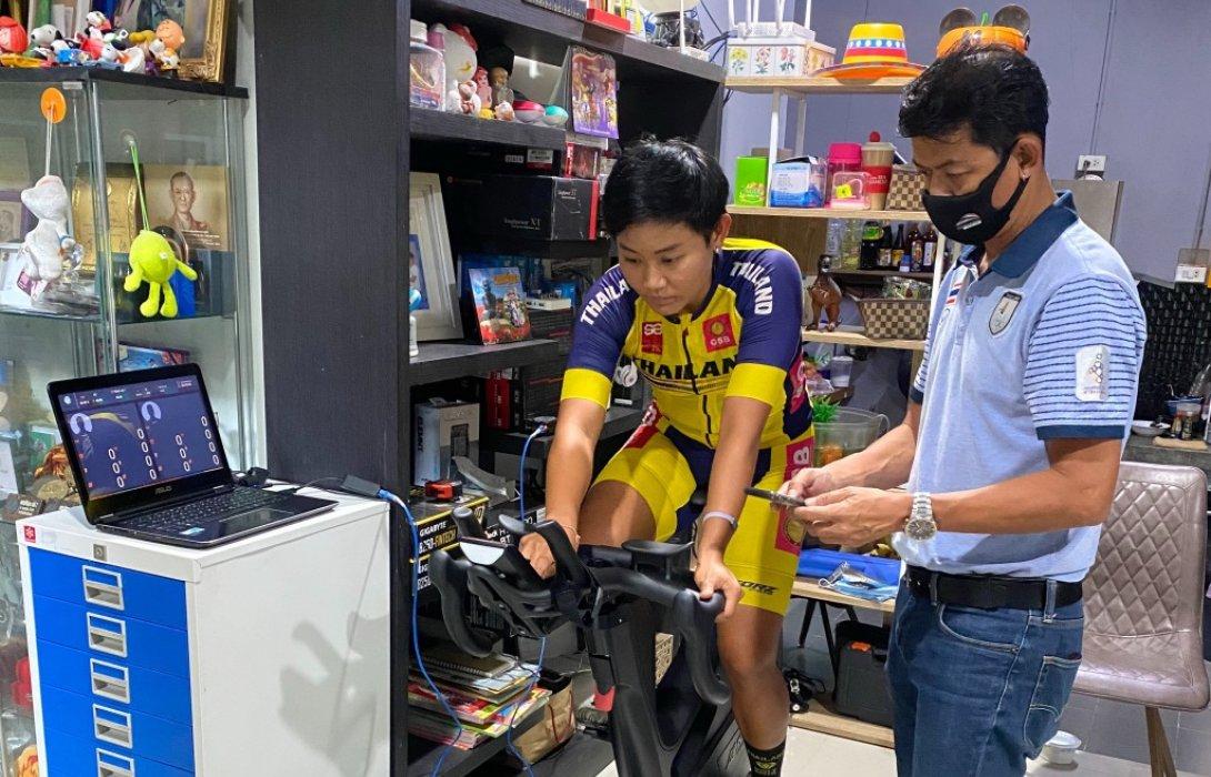 """ส.จักรยานฯ ใช้วิทยาศาสตร์การกีฬานำเทคโนโลยีใหม่ให้นักปั่นทีมชาติ""""จุฑาธิป-จาย""""ยกนิ้วให้"""