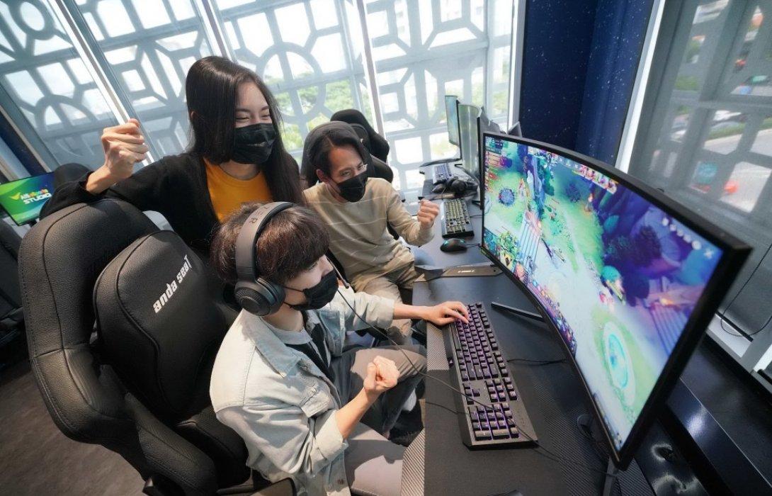AIS 5G ติดปีกอุตสาหกรรมอีสปอร์ต เปิดตัว AIS eSports STUDIO  คอมมูนิตี้ฮับอีสปอร์ตแรกในอาเซียน