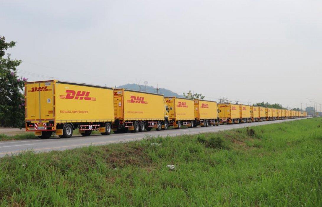 """""""เสรีชัยพัฒนา2004"""" ส่งงาน DHL ล็อตใหญ่ 80 คัน <br> ยกระดับวงการขนส่ง ลดเวลาเคลื่อนย้ายสินค้าเร็วขึ้น"""