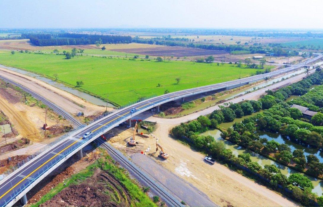 ทช. เปิดใช้สะพานข้ามจุดตัดทางรถไฟ จ.ลพบุรี