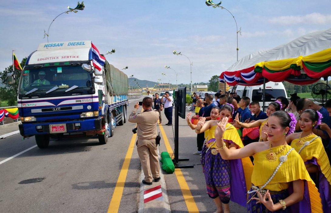 เปิดแล้ว! สะพานข้ามแม่น้ำเมย แห่งที่ 2 เสริมขนส่งชายแดนไทย-เมียนมา