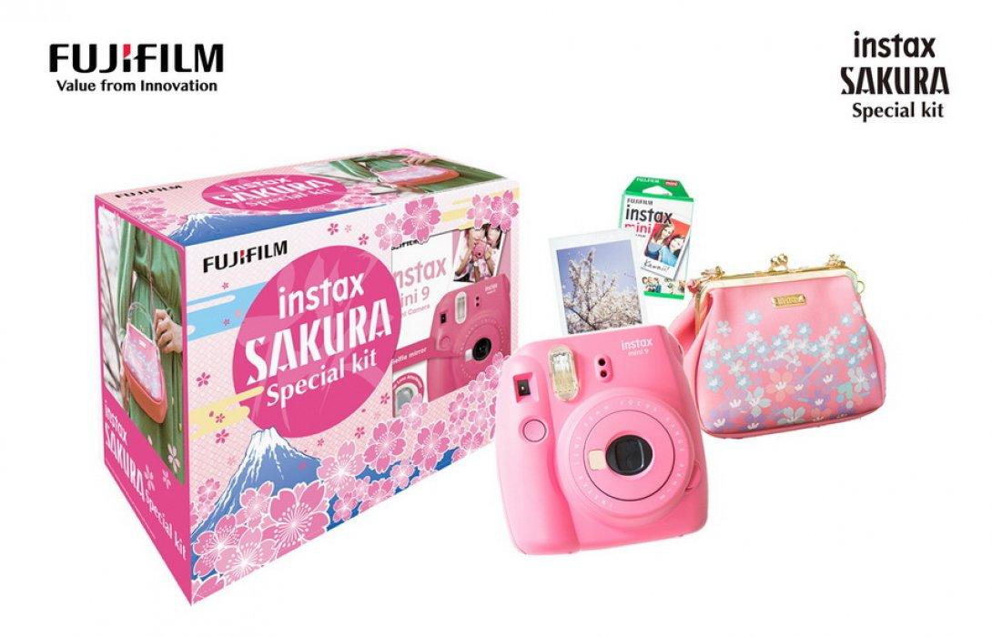 """Instax SAKURA Special kit""  แพ็คสุด cute กับราคาสุดน่ารัก"